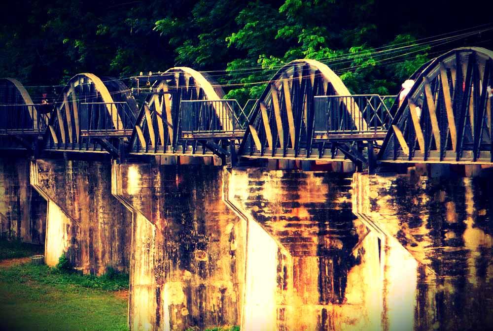 bridge river kwai excursion hua hin