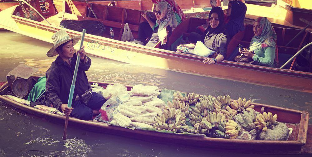 Damnoen Saduak Floating Market Excursion