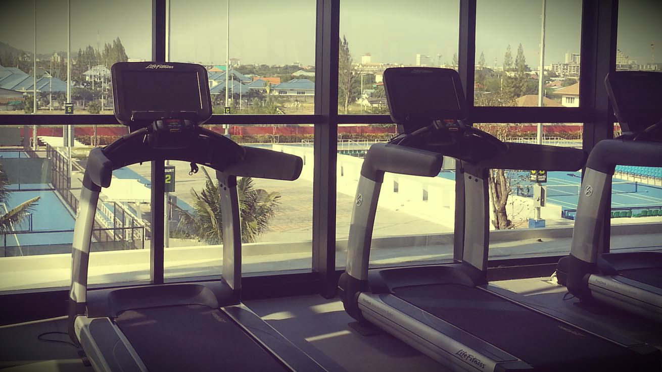 hua hin centennial sports center gym fitness running machines