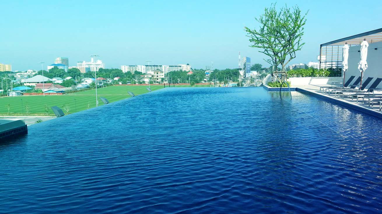 hua hin centennial sports center infinity pool